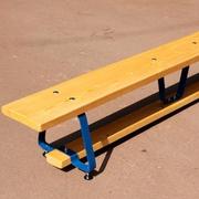 Скамья гимнастическая на металлических ножках,  длина 3 метра